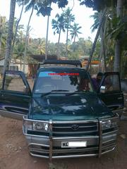TOYOTA QUALIS GREEN GS 2000 MODEL FOR SALE FULL OPTION RS:398000 -