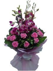 Send Valentine 2016 flowers to Kochi
