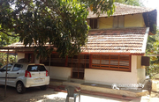 15cent land with Traditional double story house for sale in Panamaram.
