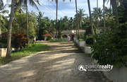 Well maintained 5.50 acre land  with 4bhk  in Pulpally @ 30 lakh/acre